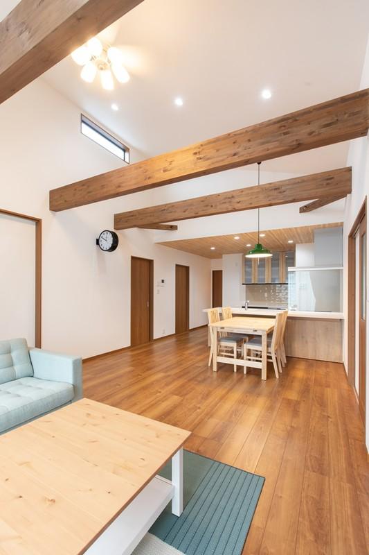 エネファームのある暮らしやすい平屋住宅 リビング