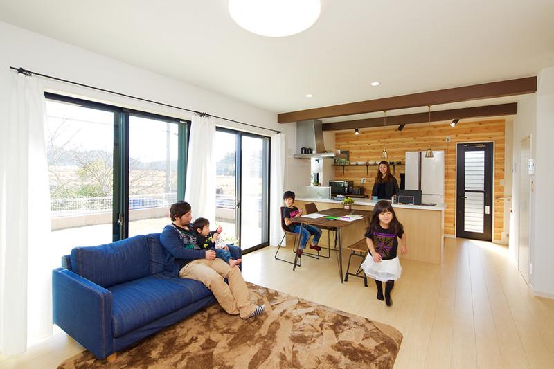 1階が家族団らんの空間になる家 リビング