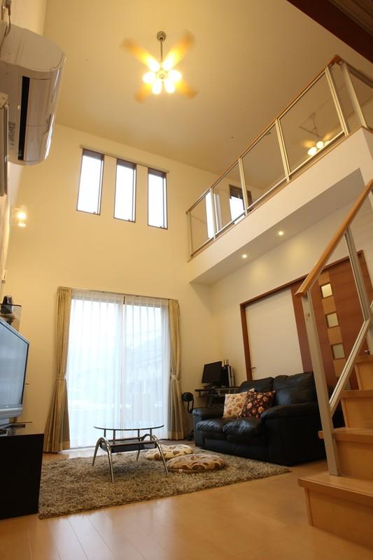 Rデザインのある家 リビング